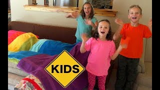Rainbow Family Room Fort! Learn Colors with Sign Post Kids!