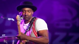 Marcus Miller - Papa Was A Rolling Stone   *THE SMOOTHJAZZ LOFT*