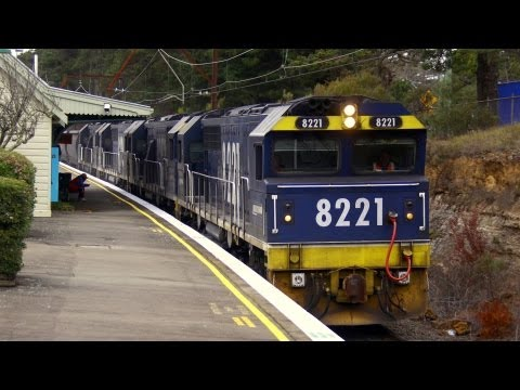 Quad 82 Class locomotives at Medlow Bath - Australian Trains, New South Wales