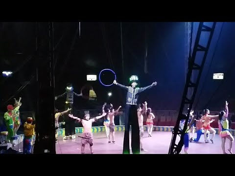 Aksi Pembuka Sirkus Oriental Indonesia di Binjai, Sumut (Opening Act : Oriental Circus Indonesia)
