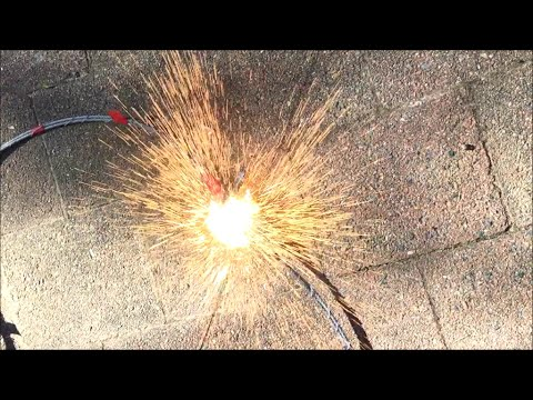 capacitor-bank-discharges-116,000μf-200/300v-(240fps-slow-motion)