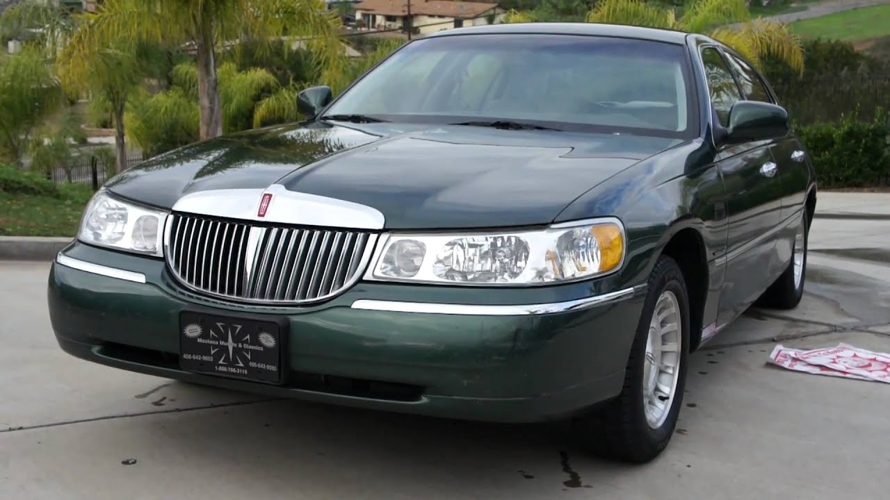 1 Owner 1998 Lincoln Town Car 43k Orig Miles Executive Baby Limo