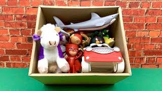 बच्चों के लिए खिलौना बॉक्स  Toy Box with Mickey Mouse and more