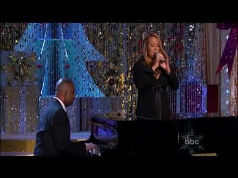 06 Charlie Brown Christmas - Mariah Carey CHRISTMAS SPECIAL live
