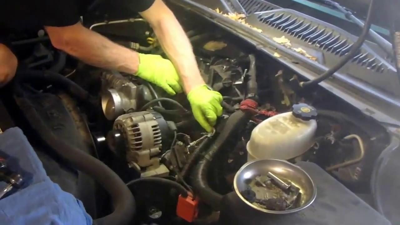 2004 Chevy Silverado K2500 How To Replace A Knock Sensor