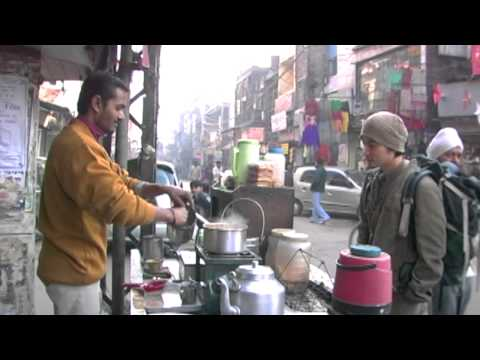 How to make chai tea in New Delhi Street, India