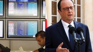 هولاند يعلن عدم وجود ناجين من تحطم الطائرة الجزائرية