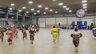 Sunday Women's Jingle Special pt. 1 Sioux Empire Wacipi 2017