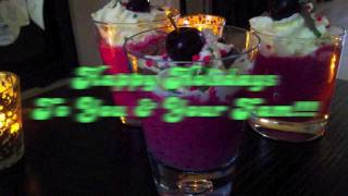 How To Make A Raspberry Blueberry Smoothie [christmas Special] - The Weekly Smoothie: #2