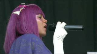 "Lily Allen, ""Oh my God"" y ""Everything"