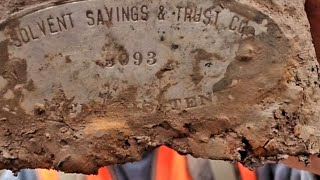 A Bank Box & The Civil War - If It Wasn't Recorded You Wouldn't Believe Me- Equinox Metal Detecting