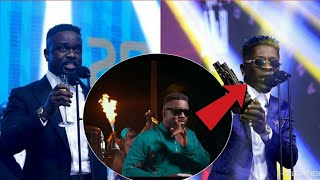 Gambar cover SARKODIE REACTS - Oofeetsɔ IS NOT A D!SS SONG TO SHATTA WALE