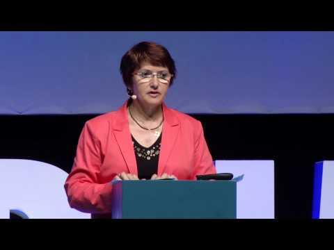 Christiane Lambert LHFORUM 2013 (ENG)