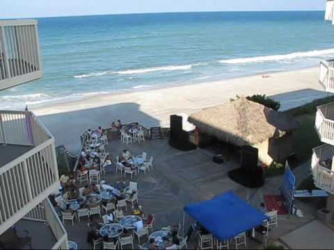 Live Oceanfront Jazz At The Crowne Plaza Melbourne Beach Hotel In Indialantic Florida