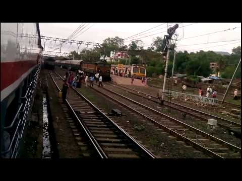 ONBOARD 12127 - MUMBAI CST PUNE INTERCITY SF EXPRESS