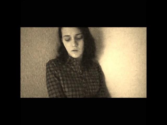Изображение предпросмотра прочтения – ПолинаГорностаева читает произведение «Не говори: меня он, как и прежде, любит...» Ф.И.Тютчева