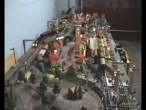 0 gauge train layout in garage