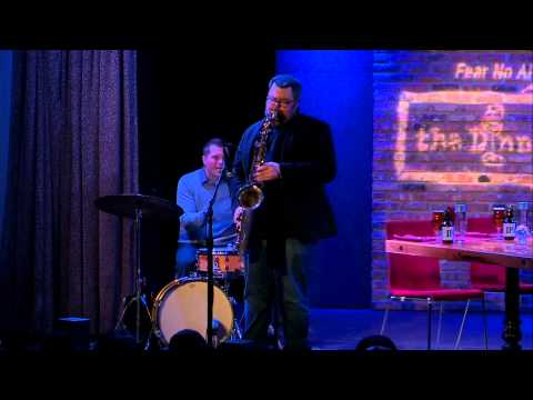 Jazz Great Frank Catalano Performs on The Dinner Party