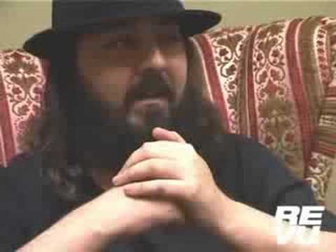 Daron Malakian talks to REVU