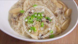 Midnight Kitchen - Korean Fish Sausage Instant Noodle Soup 韓國魚肉腸公仔麵