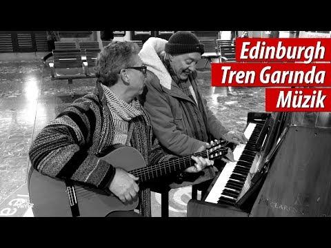 Edinburgh Garında Treni Beklerken :)  - Paul Dwyer