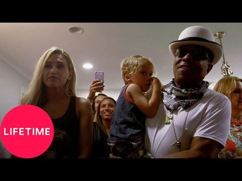 The Jacksons: Next Generation: Distracting Taryll (S1, E3)   Lifetime