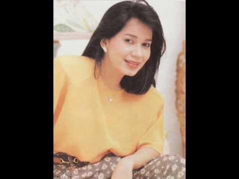 Download lagu Cinta Kian Menepi IIS SUGIANTO musik FARIZ RM di ZingLagu.Com