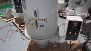 видео Бункер – сушилки для термопластавтомата (ТПА)
