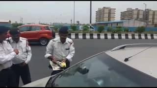 Gunda raj delhi ke police Walo Ko(3)