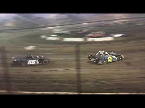 Bakersfield Speedway 08-25-18 Modified Heat 4