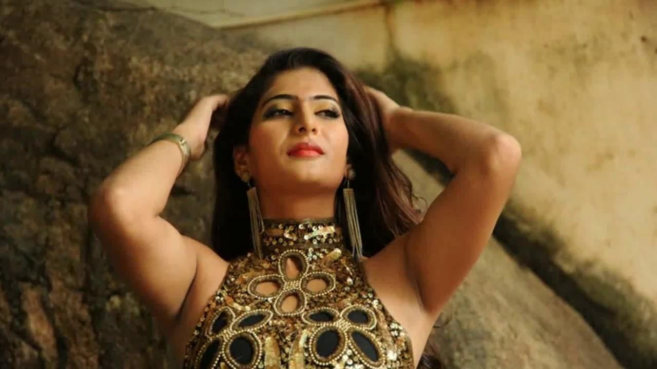 Neha Saxena Actress 'Mohanlal Muthirivallikal Talirkkumbol