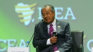 Dr M leaves his mark at Africa conference
