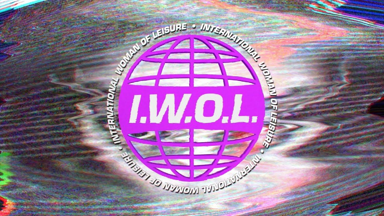La Roux - International Woman Of Leisure (official video)