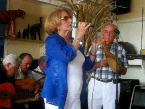 Punto Guajiro con Emma Escobar Rodriguez EN EL RESTAURANT CHUCHI'S EN MIAMI, FL!!!!