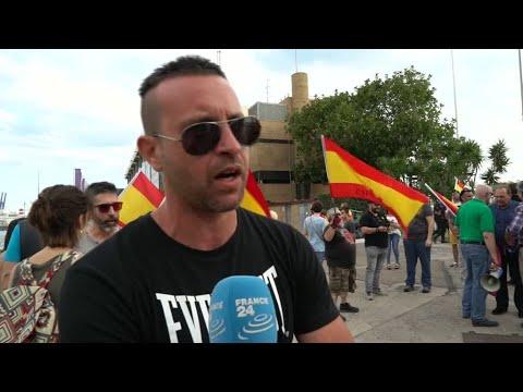 ماذا يقول الإسبان عن وصول سفينة المهاجرين إلى بلادهم؟  - نشر قبل 2 ساعة
