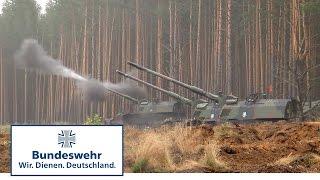 Panzerhaubitze 2000 der Bundeswehr bei Flaming Thunder