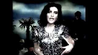 Siouxsie & the Banshees - Kiss Them for Me [480p)
