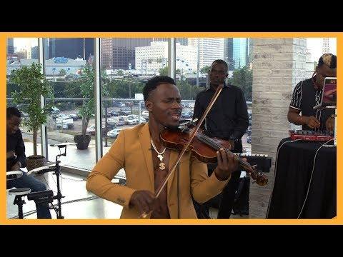 "Afro-Pop Artist Demola Performs A ""LIT"" Mash Up!"