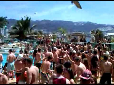 Bianchi-Rossi Tours; Electro-Guitarist (Sy Sylver) Enhances Pool Deck and Day Party