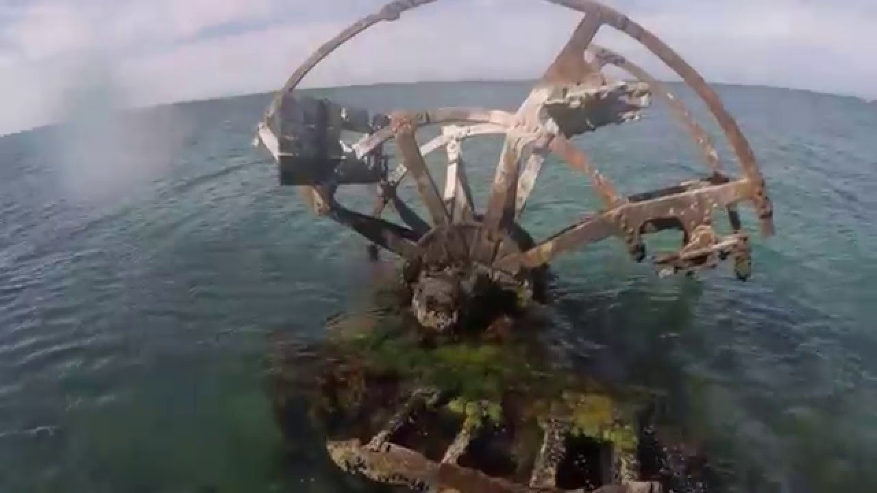 gopro exploring a sunken paddle steamer wreck the