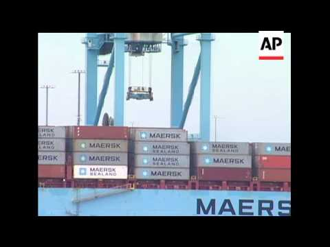 Longshoremen in New Jersey and New York prepared to return to work Wednesday after two days of a sto
