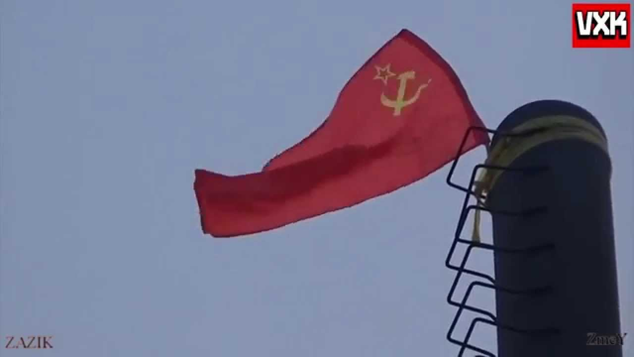 raising the soviet flag on donbass youtube