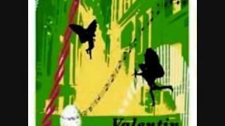 Rewind (feat.Aaron Phiri) - Valentin