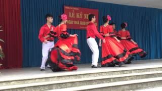 ✿Lớp 11A2 ✿ Vũ khúc Flamenco mừng ngày Nhà giáo Việt Nam 20/11