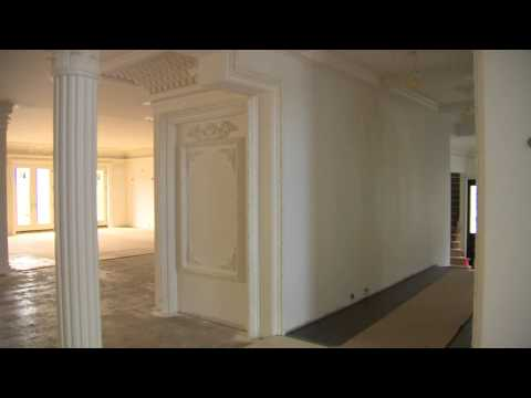 Toronto luxury home modelled after Palace of Versailles up for auction