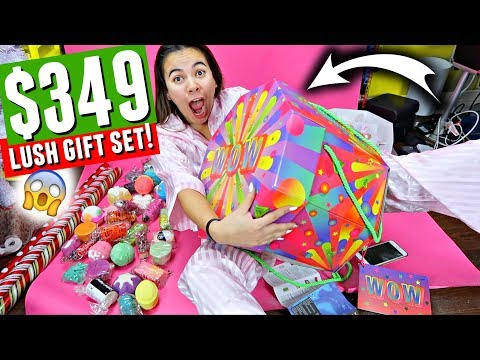 $349 LUSH'S LARGEST HOLIDAY GIFT SET!!! Is it worth it? | Vlogmas Day 20