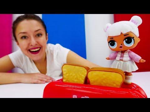 видео: Куклы Лол в видео для детей. Тостер. Веселая школа