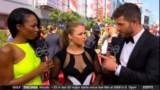 Ronda Rousey wins  Best Fighter at the 2015 ESPY