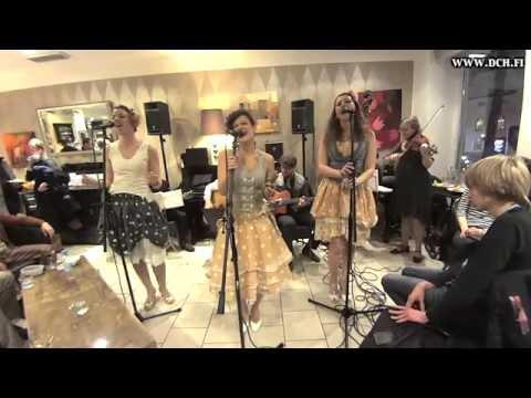 Rum And Coca Cola - Django Collective Helsinki & Soul Sisters @ Bulevardi 170115