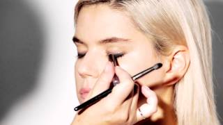 How-To Achieve the Smoky Eye with CoverGirl Thumbnail